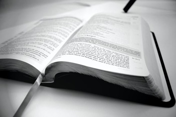 bible_low_bw