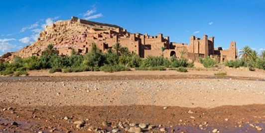 10853730-fortified-city-ksar-with-mud-houses-in-the-kasbah-ait-benhaddou-near-ouarzazate-morocco-souss-massa-