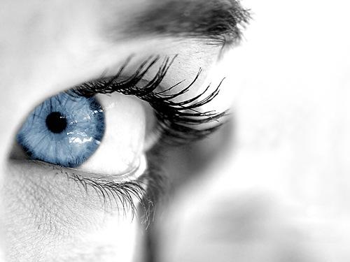 perfect-blue-eyes-wallpaper-11655