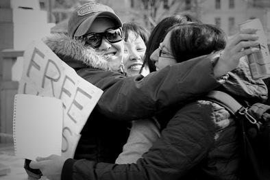 Group_'FREE_HUGS';_Tokyo